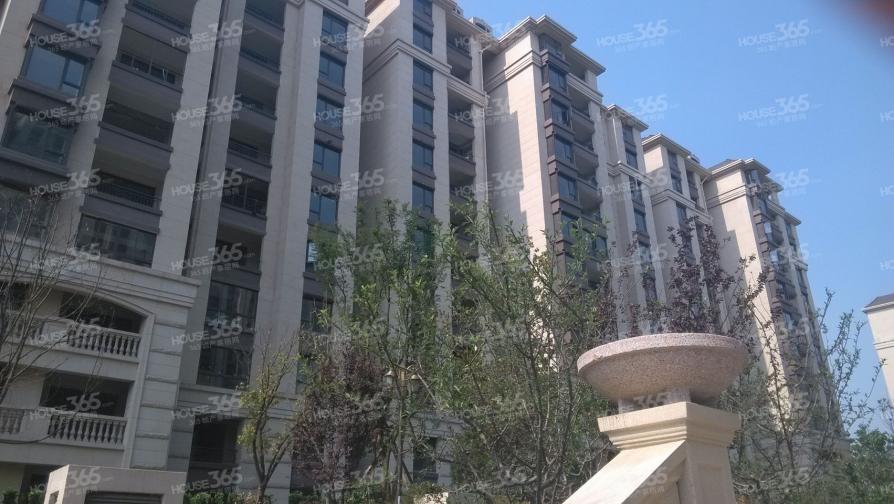 融侨观邸3室2厅2卫133平方产权房毛坯