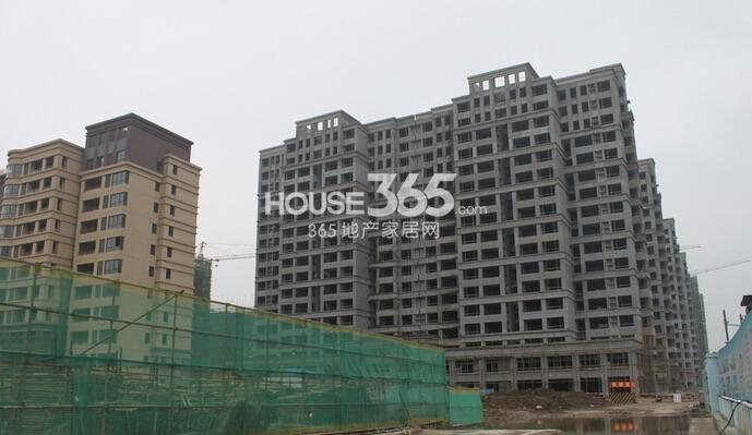 华强城美加印象11#楼工程进度(2015年2月摄)