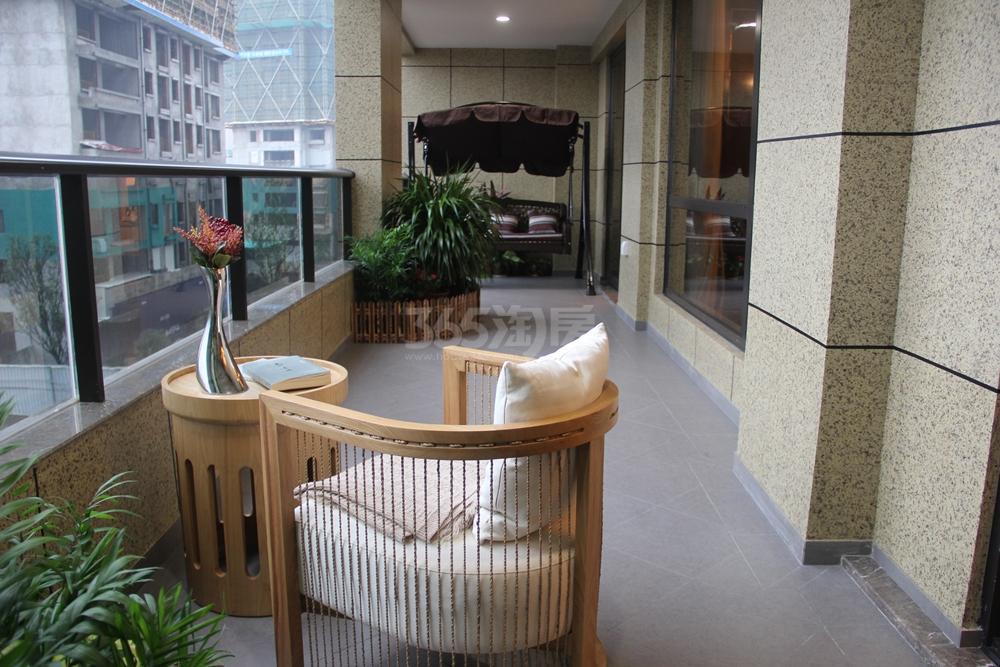 绿地华家池1号c2户型145方样板房——阳台